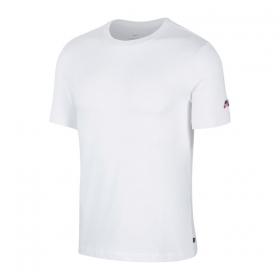 Tričká Nike SB Essential